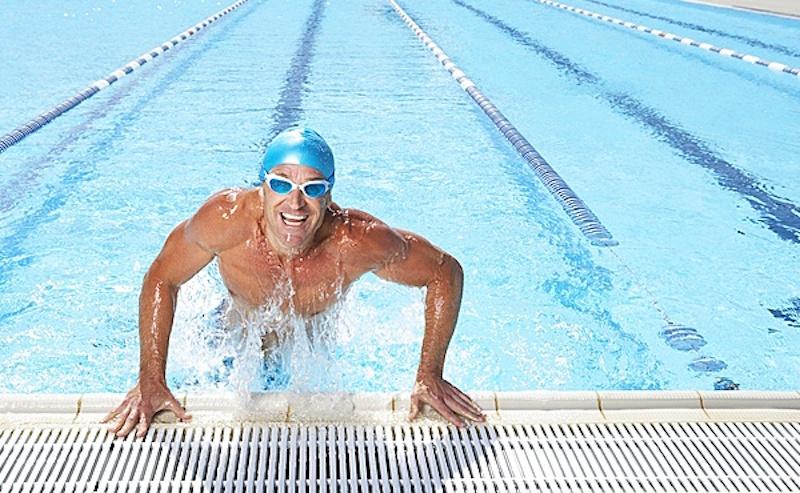 Экипировка для занятий в бассейне