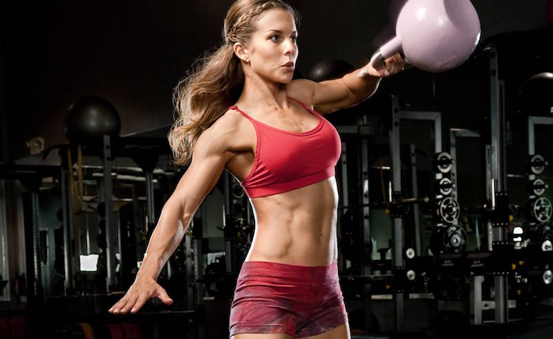Топ самых полезных упражнений с гирей для женщин