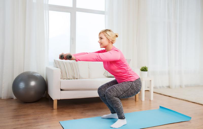 Самые необходимые упражнения для похудения дома (с дополнительным весом)