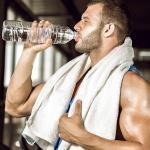 Пить воду во время тренировки: нужно ли, можно ли, сколько?